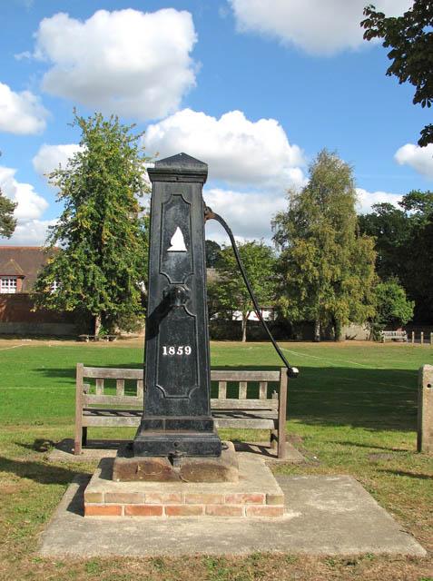 Somerleyton - village pump