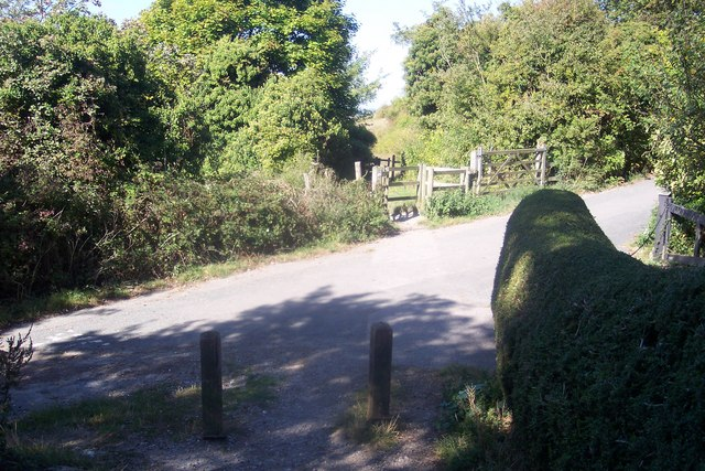 Bridleway stops at Star Lane to become a footpath