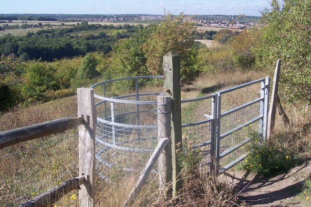 Kissing Gate on a footpath in Darland Banks