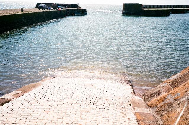 Harbour slipway
