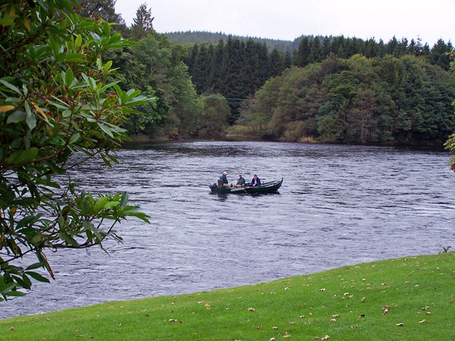 Fishing on the Tay, Dunkeld