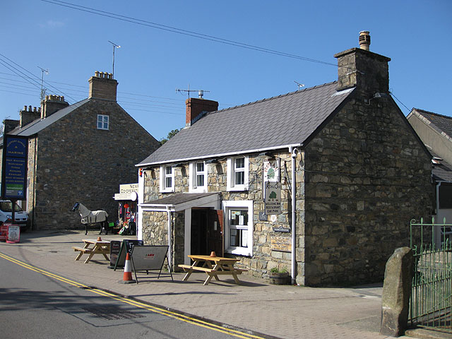 Royal Oak, Trefdraeth/Newport