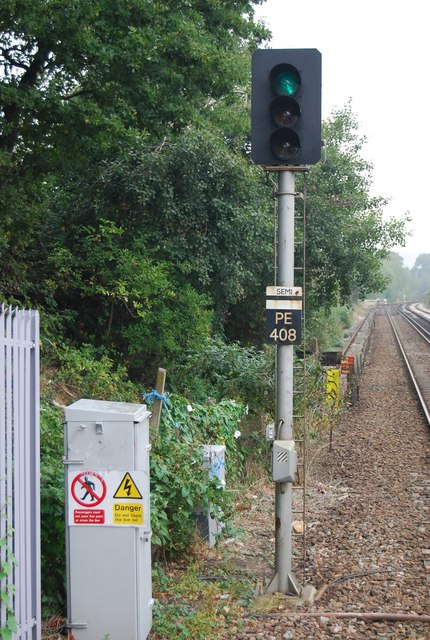 Green signal at the end of platform 1, High Brooms Station