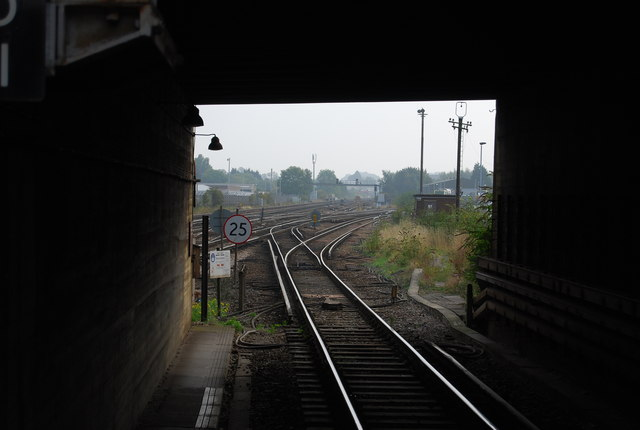 View down the line from the end of platform 1, Tonbridge Station