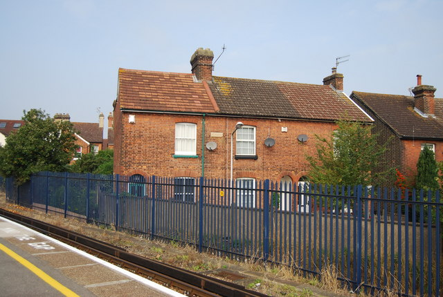 Terraced housing by Tonbridge Railway Station
