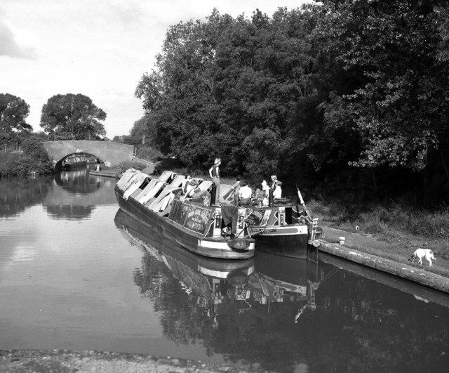 Camping Boats at Long Itchington