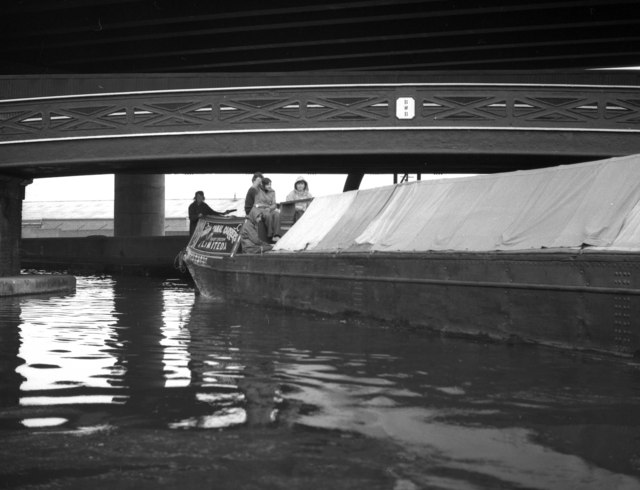 Birmingham and Fazeley Canal under Spaghetti Junction