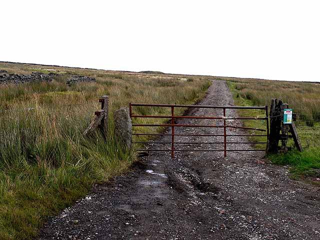 The road to Grasshill Farm