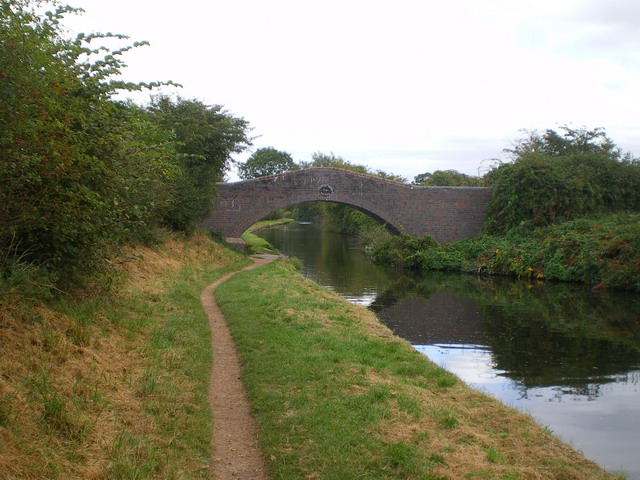 Castlecroft bridge - no 55