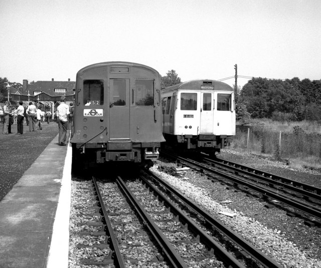 Watford station (Metropolitan Line)