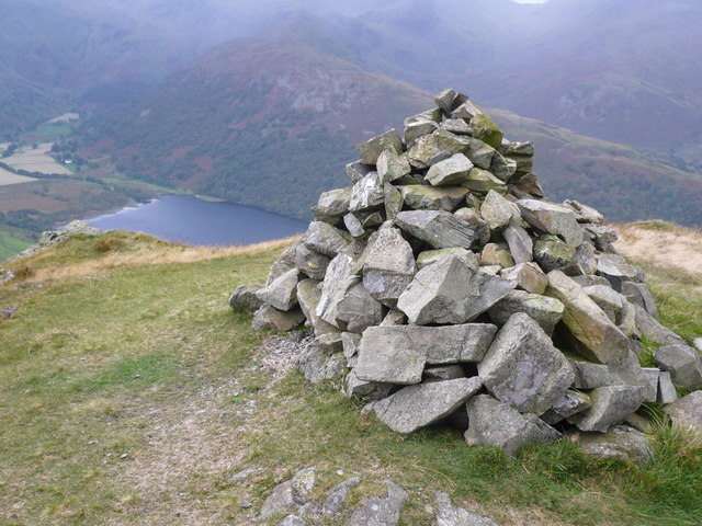 Cairn on Brock Crags