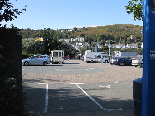 Parrog car park