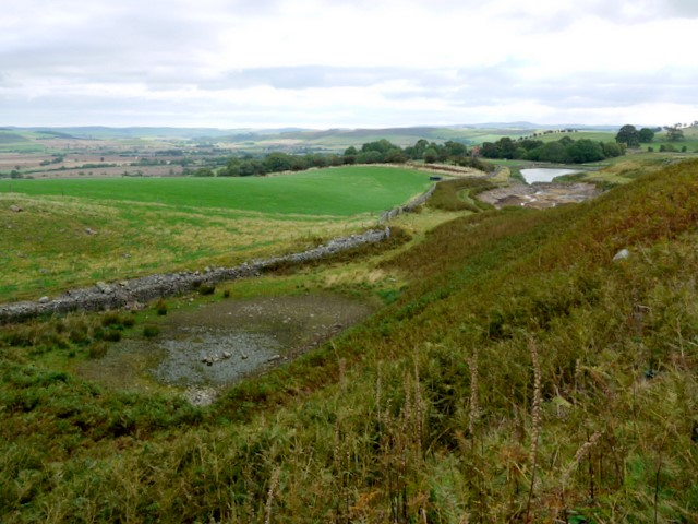 Valley north-east of Humbleton Hill