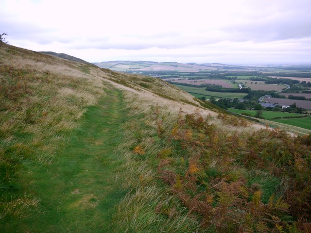 Bridleway north-east of Harehope Hill