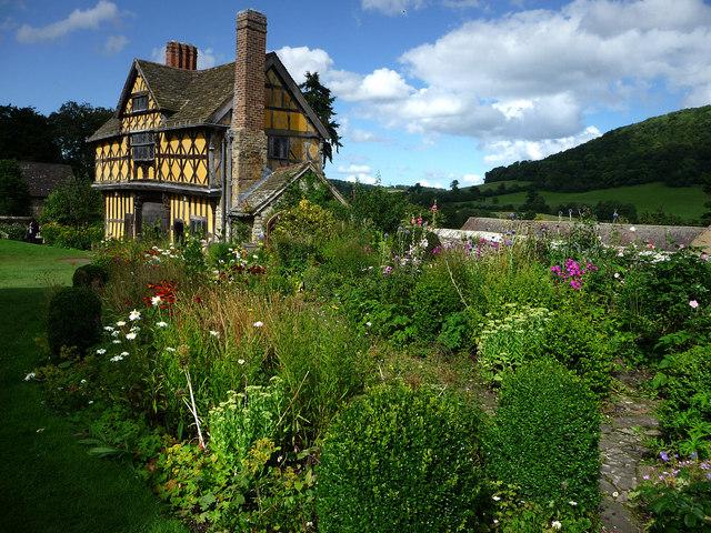 Stokesay Castle, garden and gatehouse