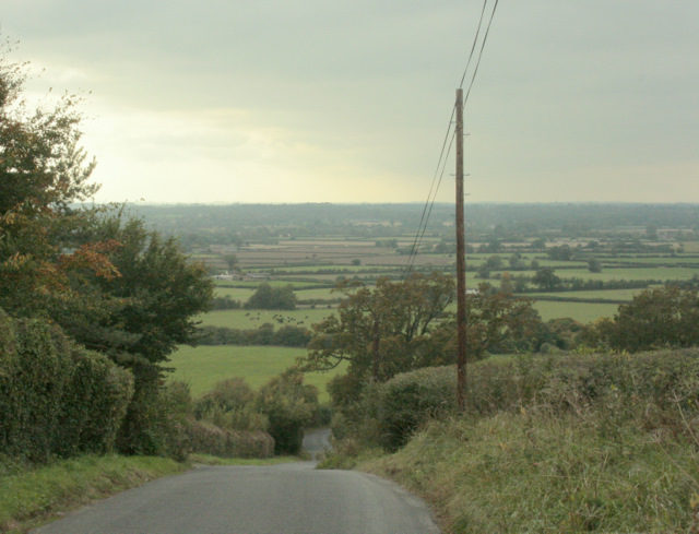 2009 : Looking down the hill at Charlcutt
