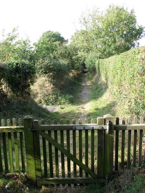 Footpath to Cuckoo Green