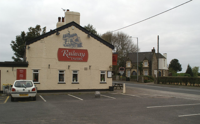 The Railway Tavern, and Station House, Hoscar