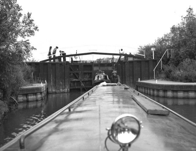Chadbury Lock, River Avon