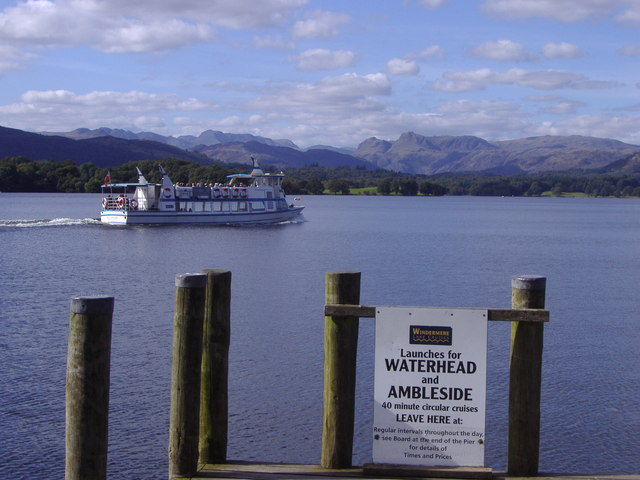 Windermere Ferry heading towards Ambleside