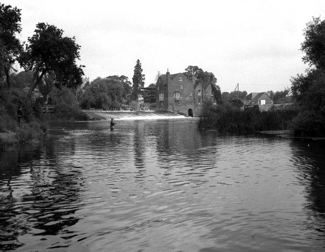 Fladbury Weir and Cropthorne Mill, River Avon