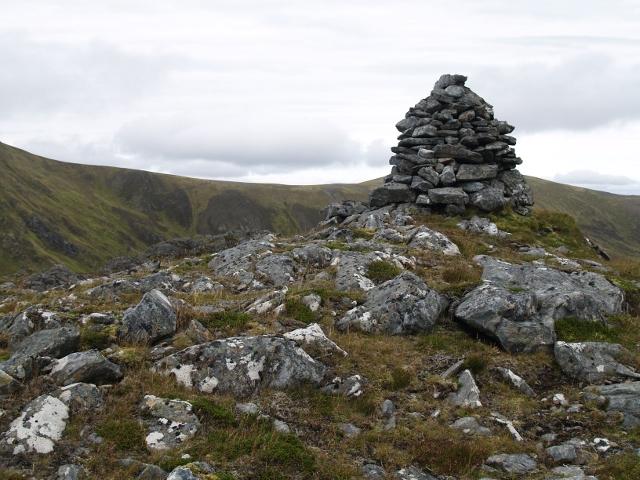 Summit cairn, Garbh-charn