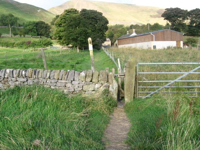 Footpath near Knowlegates Farm