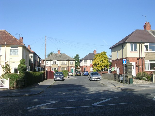 Highbank Grove - High Street