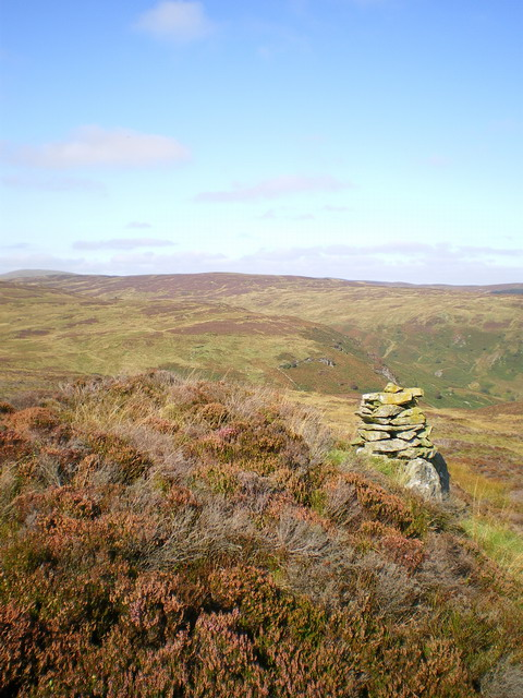 High cairn above Hafod Fudr