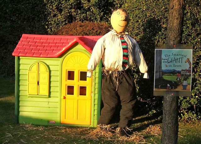 The Smartest Scarecrow in Town