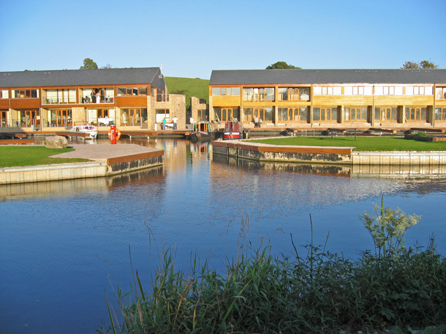 Tewitfield Marina, Lancaster Canal