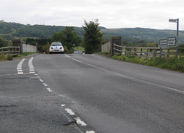 Bridge over the Gloucestershire Warwickshire Railway