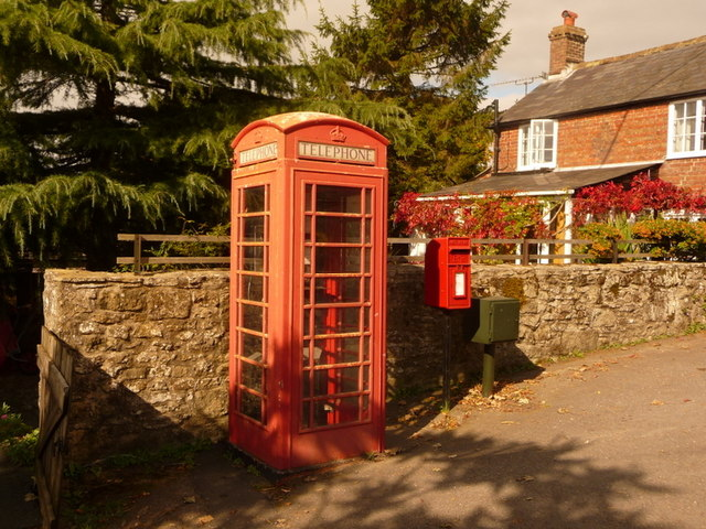 Cann: postbox № SP7 3 and phone, Bozley Hill