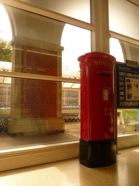 Shaftesbury: postbox № SP7 1, within Tesco