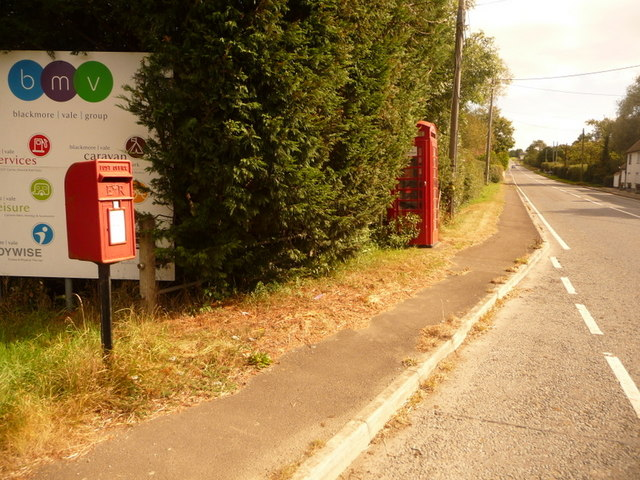 Sherborne Causeway: postbox № SP7 12 and phone