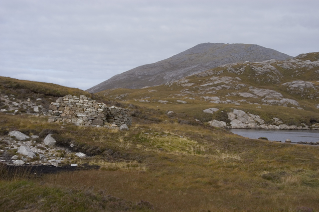 Ruined sheiling at Loch Uladail