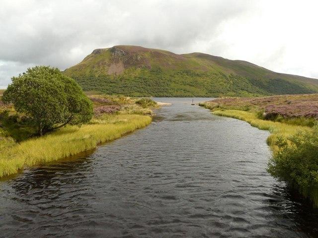 Burn, Loch Loyal