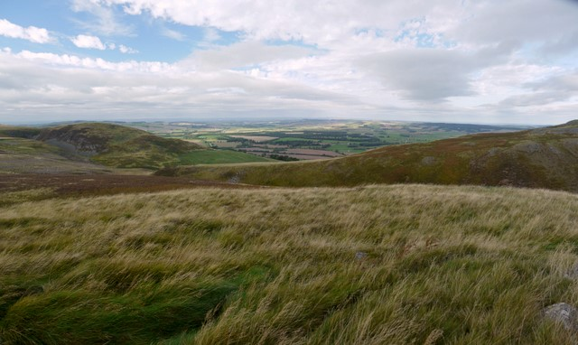 Moorland south-west of Humbleton Hill
