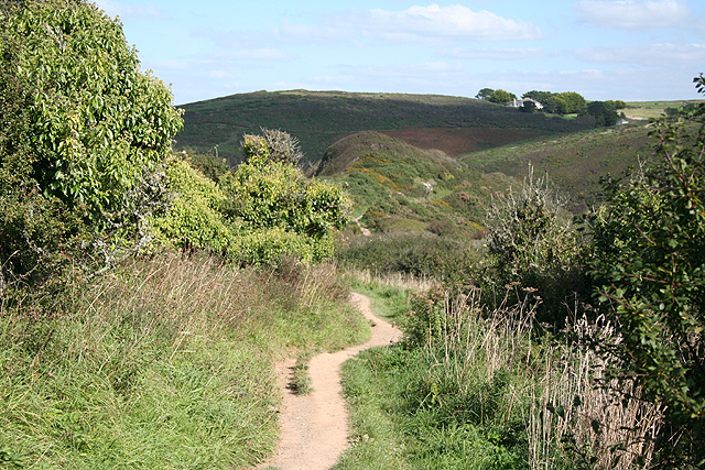 St Minver Highlands: path to Lundy Bay