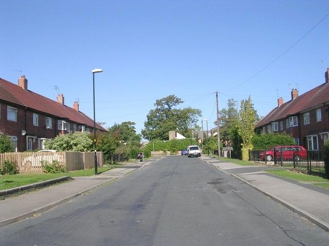 Walworth Avenue - viewed from Kennion Road