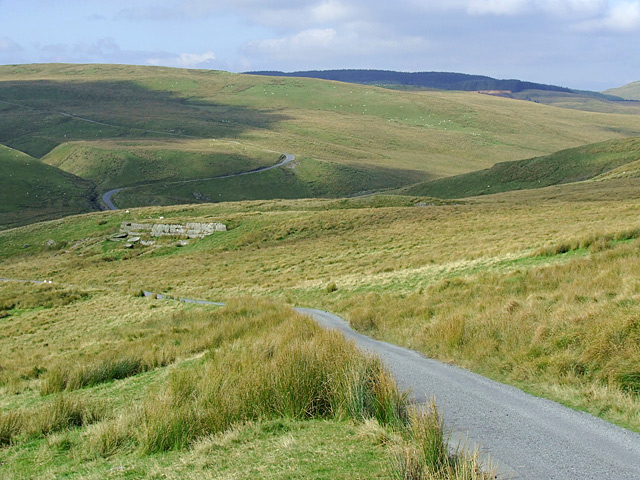 The road approaching Nantymaen, Ceredigion