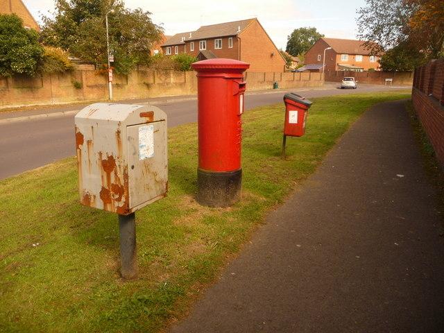 Shaftesbury: postbox № SP7 127, Pound Lane