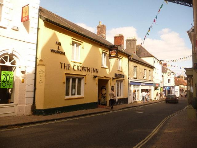 Shaftesbury: the Crown Inn