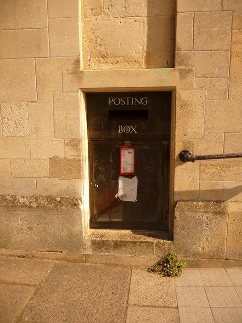 Shaftesbury: postbox № SP7 109, Angel Lane