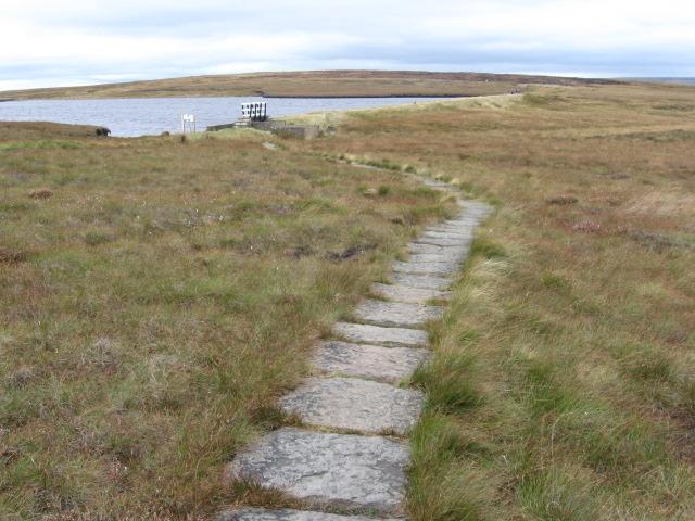 Pennine Way at Black Moss Reservoir