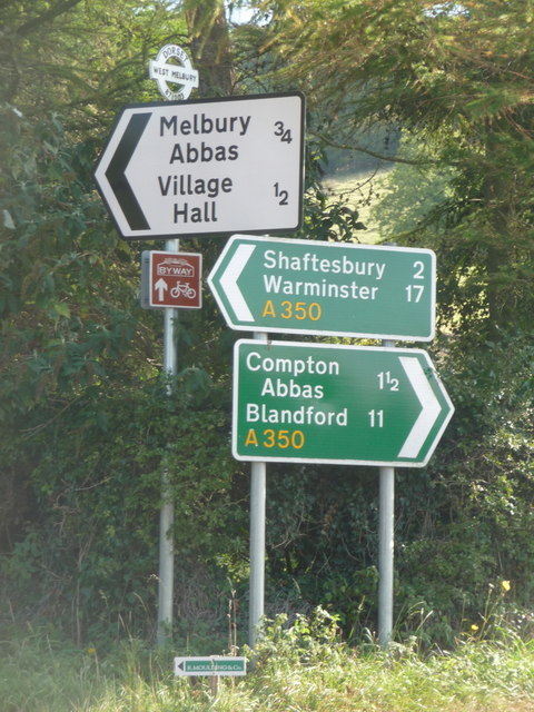 Melbury Abbas: direction signs on the A350