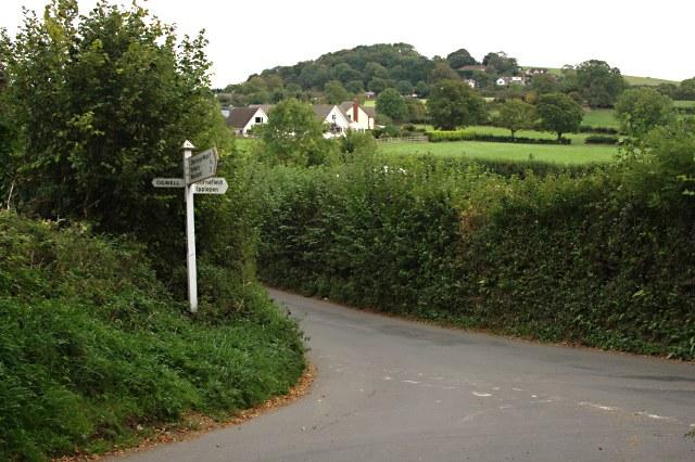 Dornafield Cross