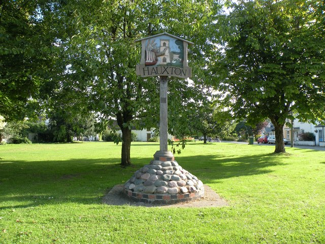 The village sign and green at Hauxton