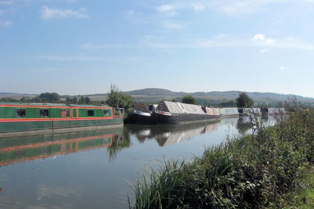 Grand Union Canal – Moorings South of Lock No 33
