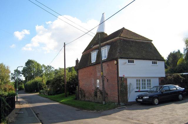 The Oast House, Stone Green Farm, Stone In Oxney, Kent